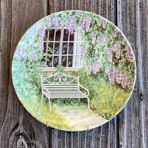VTG Collectors Garden Bench Wall Hanging Plate